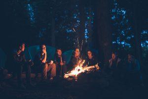 キャンプファイアの写真