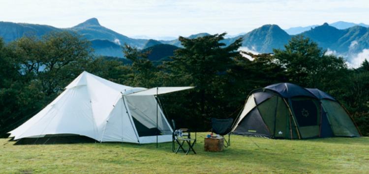 ロゴスのテント2張り