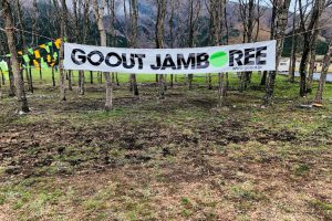 GO OUT JAMBOREEの横断幕