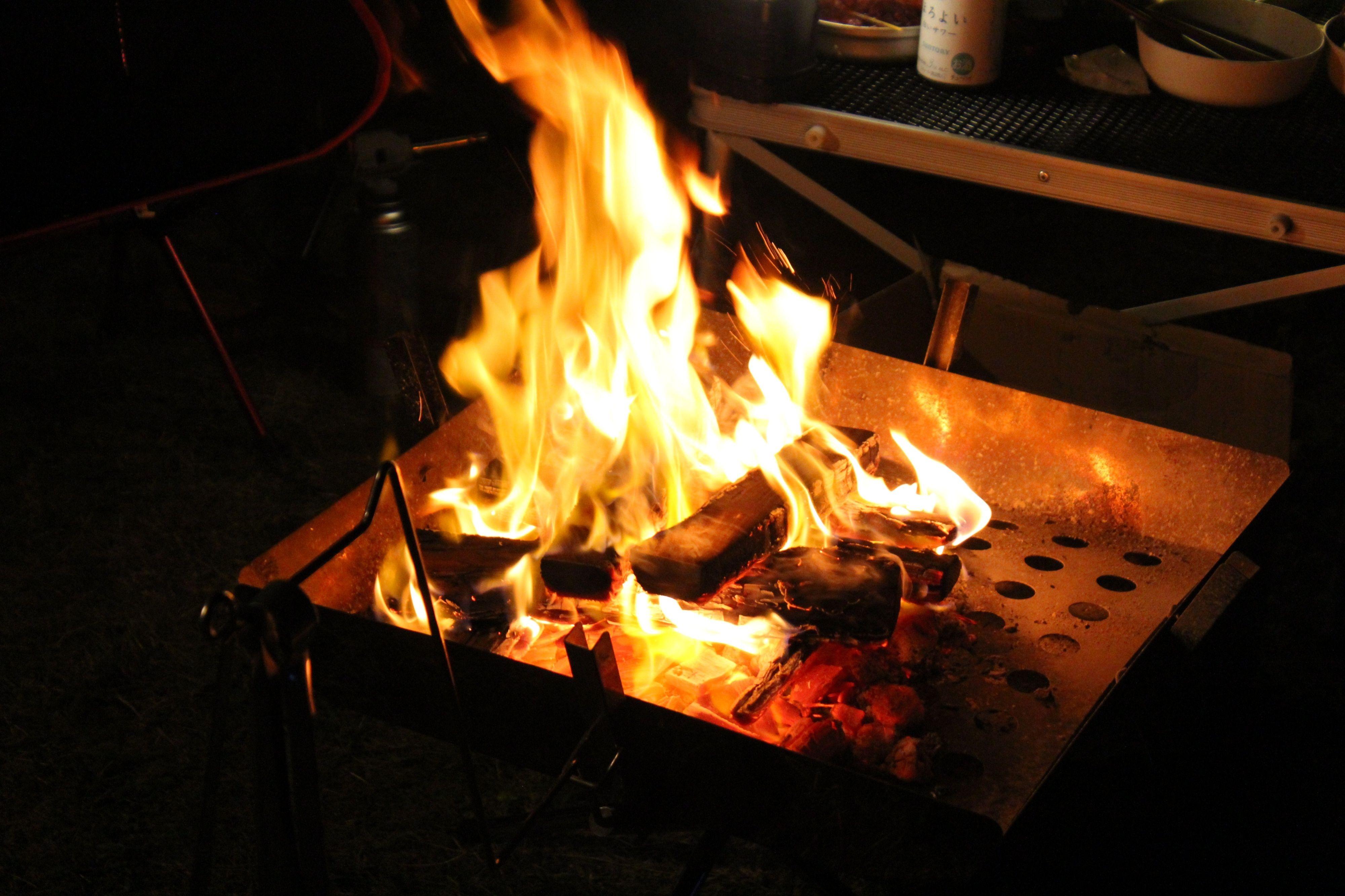 館山での焚火写真