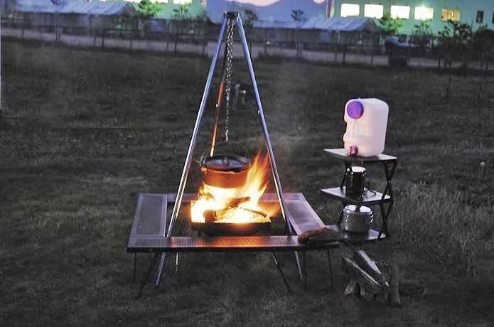 尾上製作所の囲炉裏テーブル
